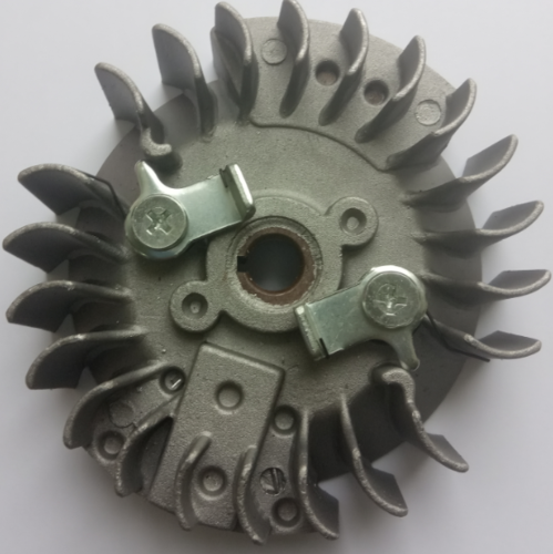 Маховик для бензопилы 4500/5200 (метал. зацепы)