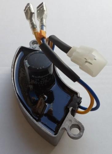 Регулятор напр. (AVR) 1.0-2,8кВт для бензогенератора (дуга, алюминий)